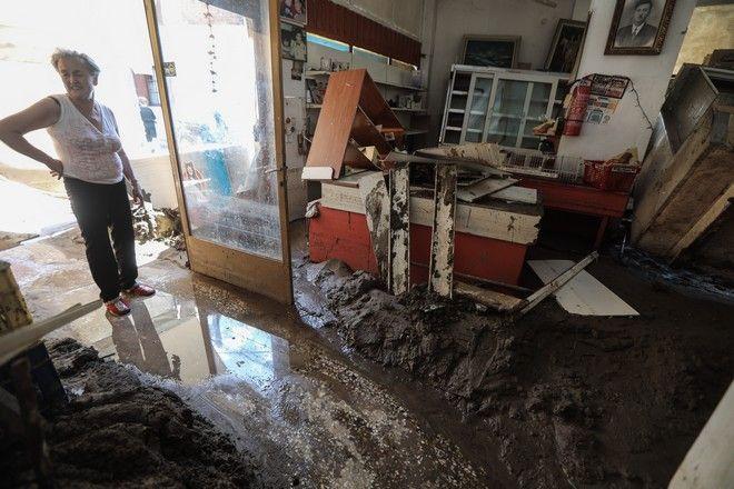 Στιγμιότυπο από τα Πολιτικά της Εύβοιας μετά τις φονικές πλημμύρες