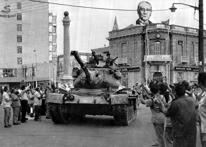 Τουρκικό τανκ στη Λευκωσία (24 Ιουλίου 1974)