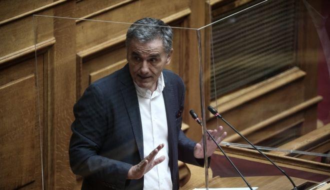 Τσακαλώτος σε Κεραμέως: Είστε η χειρότερη υπουργός Παιδείας στα 200 χρόνια του Ελληνισμού