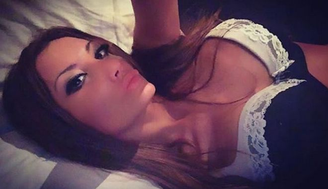 """Μυστήριος θάνατος πρώην μοντέλου του Playboy - Το ανατριχιαστικό και """"προφητικό"""" tweet"""