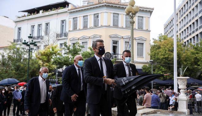 Ο Κυριάκος Μητσοτάκης στη Μητρόπολη Αθηνών για την κηδεία του Μίκη Θεοδωράκη