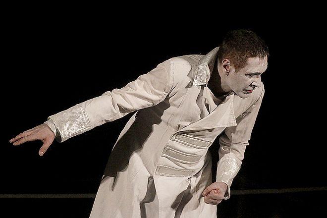 O Αιμίλιος Χειλάκης στην παράσταση