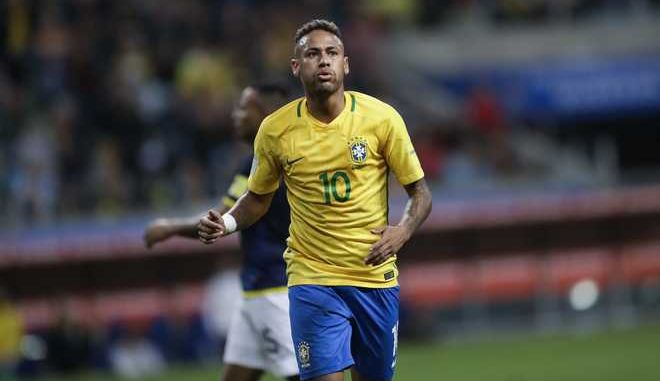 Brazil's Neymar reacts during a 2018 World Cup qualifying soccer match against Ecuador in Porto Alegre, Brazil, Thursday, Aug. 31, 2017. (AP Photo/Andre Penner)