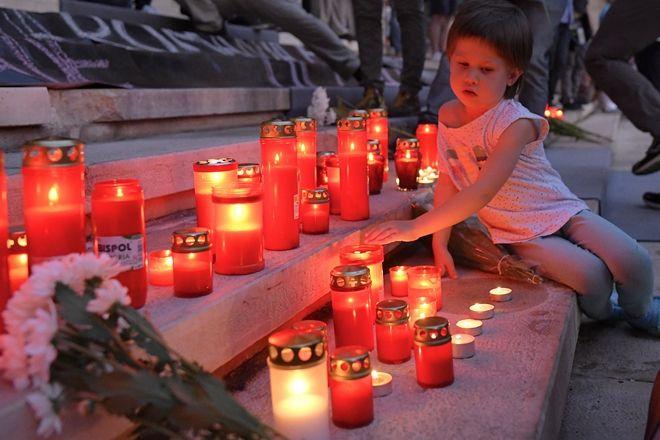 Διαδήλωση για τον χειρισμό της υπόθεσης της 15χρονης που απήχθη στο Βουκουρέστι.