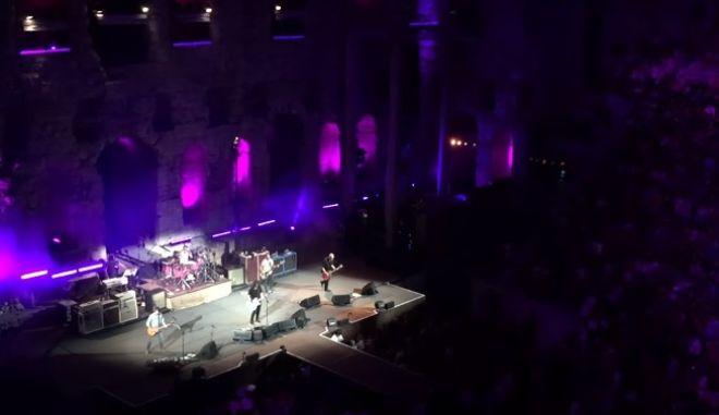 Νέο τραγούδι έπαιξαν για πρώτη φορά στην Ελλάδα οι Foo Fighters