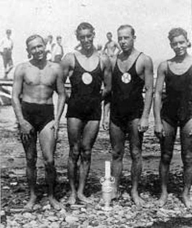 Ο υπ αριθμόν ένα καταζητούμενος σαμποτέρ κατά των Γερμανών κατακτητών, ήταν ποδοσφαιριστής και κολυμβητής του Ηρακλή Θεσσαλονίκης