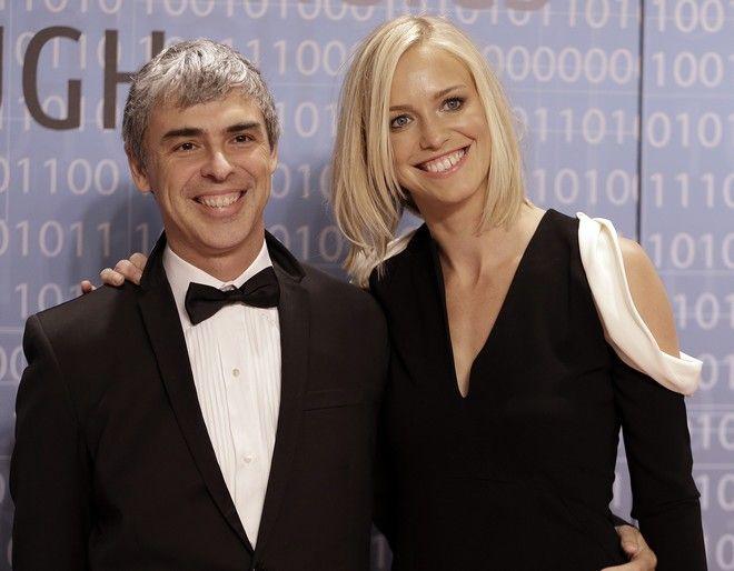O Λάρι Πέιτζ με την σύζυγο του, το Δεκέμβριο του 2013.