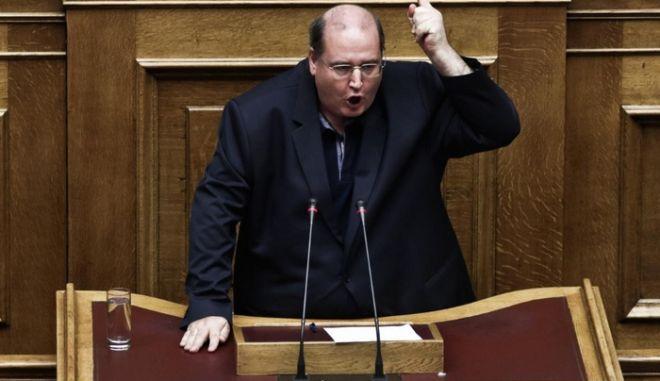 Η υπουργοποίηση Φίλη ενόχλησε την Αρχιεπισκοπή Αθηνών