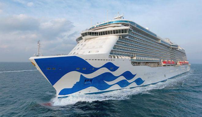 Το νεότερο κρουαζιερόπλοιο του κόσμου έρχεται στον Πειραιά (Photos, video)