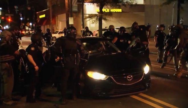 ΗΠΑ: Νέο ντοκουμέντο αστυνομικής βαρβαρότητας εναντίον μαύρων φοιτητών