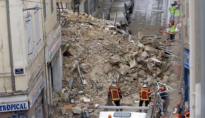 Επτά αγνοούμενοι μετά την κατάρρευση δύο κτιρίων στη Μασσαλία