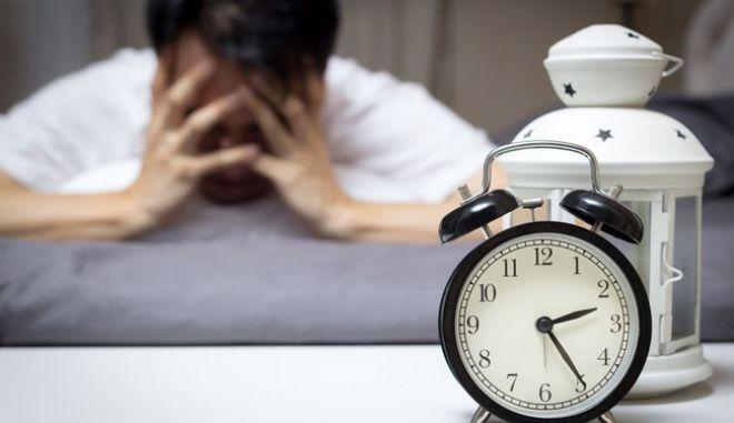 Ο κακός ύπνος αυξάνει το άγχος
