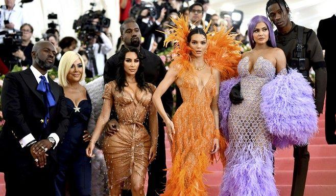 Οι γυναίκες της οικογένειας Kardashian, είναι από τις πιο ακριβοπληρωμένες influencers της δεκαετίας