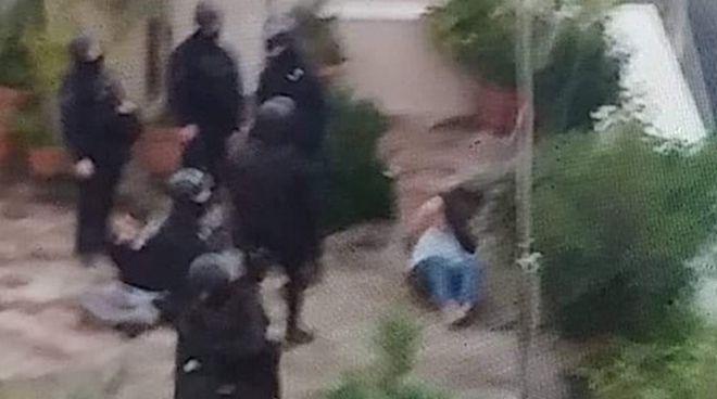 Κουκάκι: Σοκ και δέος - Καταγγελία για εισβολή σε γειτονικό με την κατάληψη σπίτι