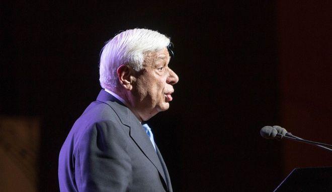 Συγχαρητήρια Παυλόπουλου σε Τζιτζικώστα για την εκλογή του ως Πρόεδρος της ΕτΠ