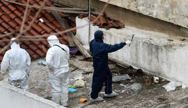 Η αντιτρομοκρατική Υπηρεσία  πραγματοποίησε σήμερα, Τρίτη 28 Νοεμβρίου 2017, το πρωί, επιχείρηση σε διαμέρισμα στην οδό Δεινοστράτου στο Νέο Κόσμο. (EUROKINISSI / Τατιάνα Μπόλαρη)