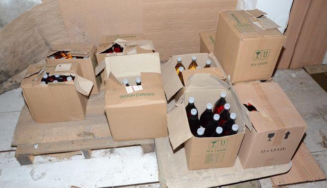 Εξαρθρώθηκε κύκλωμα λαθρεμπορίου ποτών και λαδιών