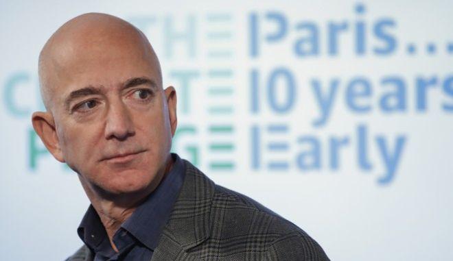Τζεφ Μπέφος, ιδιοκτήτης της Άμαζον και της Washington Post