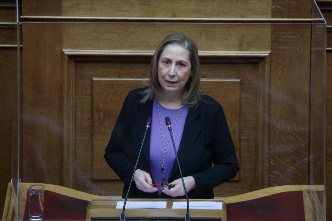 ΣΥΡΙΖΑ: Η κυβέρνηση παίζει με την υγεία του κόσμου