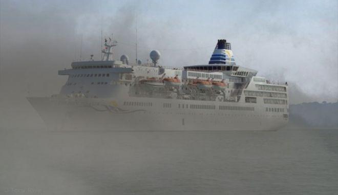 Κρουαζιερόπλοιο εμβόλισε σκάφος του Λιμεναρχείου Χίου ανοιχτά του Καρφά