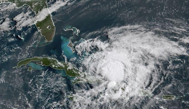 Πλησιάζει ο κυκλώνας Αϊζάιας