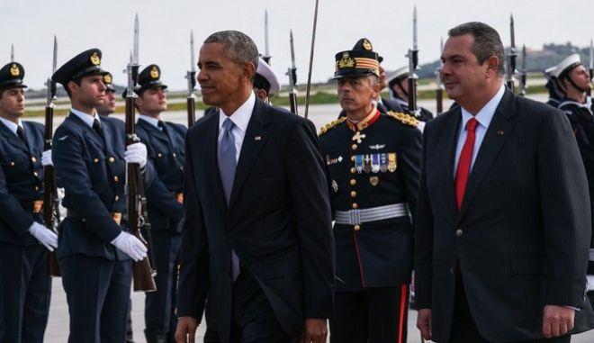 US President Barack Obama arrives at Athens International airport Eleftherios Venizelos, Athens, Greece on November 15, 2016. /        . , , 15