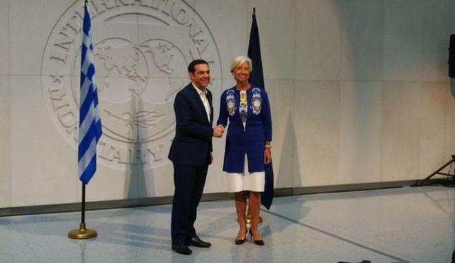 Τσίπρας: Ζωτικός ο ρόλος του ΔΝΤ για την ελάφρυνση του χρέους