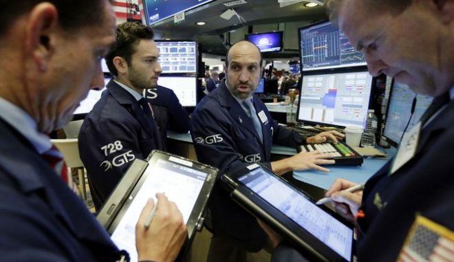 Πυρετός στις αγορές