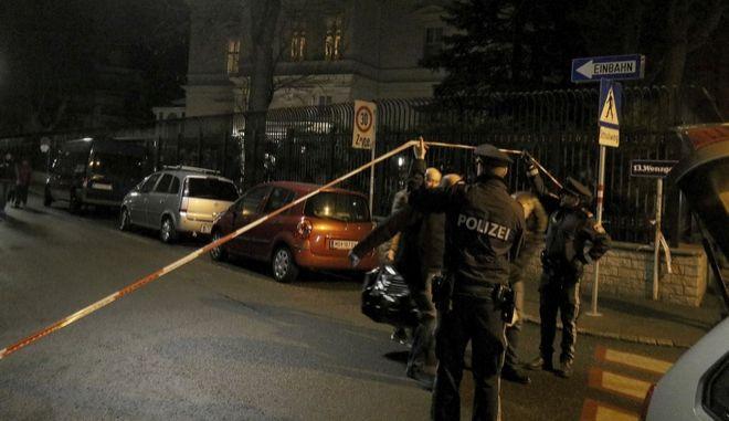Αυστρία: Επίθεση με μαχαίρι κατά στρατιώτη που φρουρούσε την κατοικία του Ιρανού πρεσβευτή