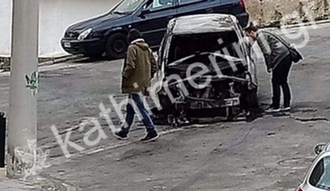Έκρηξη βόμβας στον ΣΚΑΪ: Βρέθηκε καμένο όχημα - Εξετάζεται αν χρησιμοποιήθηκε στην επίθεση