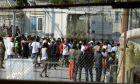 ΓΕΕΘΑ: Υπεράριθμοι οι μετανάστες στις δομές φιλοξενίας των Ενόπλων Δυνάμεων