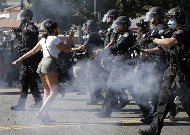 Διαδηλώσεις στην Καλιφόρνια για τη δολοφονία του Τζορτζ Φλόιντ