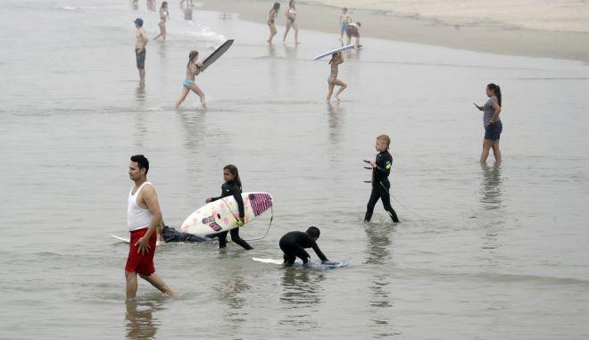 Στη παραλία Νιούπορτ οι Αμερικανοί ήταν πολλοί την Κυριακή