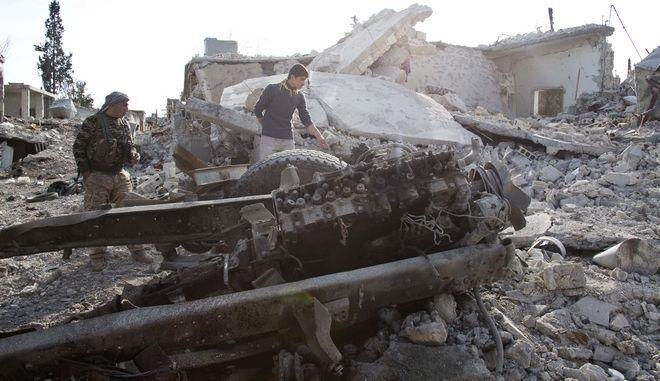 Βομβαρδισμός στο Κομπάνι