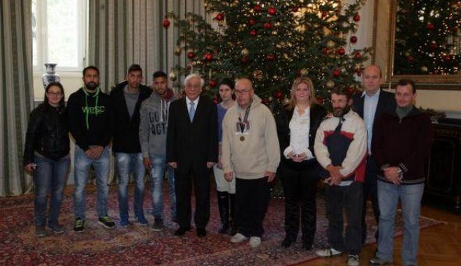 Την εθνική ομάδα αστέγων δέχθηκε σήμερα ο πρόεδρος της Δημοκρατίας