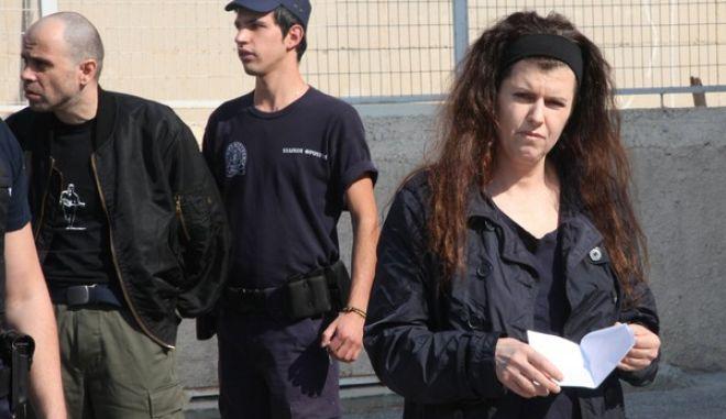 5-10-2011-Ξεκινά σήμερα στην ειδικά διαμορφωμένη αίθουσα των φυλακών Κορυδαλλού η δίκη για την υπόθεση της οργάνωσης του Επαναστατικού Αγώνα// ΣΤΗ ΦΩΤΟΓΡΑΦΙΑ ΟΙ ΚΑΤΗΓΟΡΟΥΜΕΝΟΙ ΠΑΝΑΓΙΩΤΑ ΡΟΥΠΑ ΚΑΙ ΝΙΚΟΣ ΜΑΖΙΩΤΗΣ.(EUROKINISSI-ΓΙΑΝΗΣ ΠΑΝΑΓΟΠΟΥΛΟΣ)