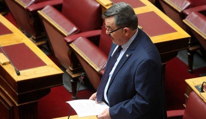 """Συζήτηση στην Ολομέλεια της Βουλής και ψήφιση επί της αρχής, των άρθρων και του συνόλου του σχεδίου νόμου του Υπουργείου Εξωτερικών """"Κύρωση της Συμφωνίας για το RACVIAC - Κέντρο Συνεργασίας για την Ασφάλεια"""", την Τρίτη 22 Μαρτίου 2016. (EUROKINISSI/ΑΛΕΞΑΝΔΡΟΣ ΖΩΝΤΑΝΟΣ)"""