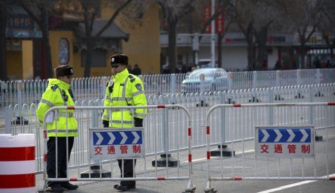 Αστυνομικοί στην Κίνα