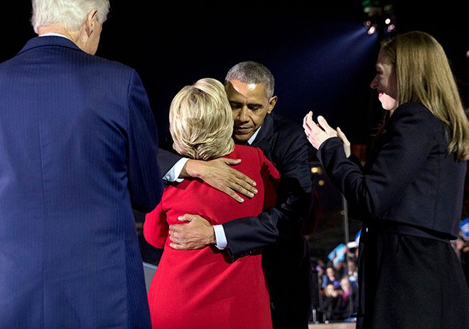 Democratic presidential candidate Hillary Clinton, accompanied by her daughter Chelsea Clinton, right, and former President Bill Clinton, left, hugs President Barack Obama after speaking at a rally at Independence Mall in Philadelphia, Monday, Nov. 7, 2016. (AP Photo/Andrew Harnik)