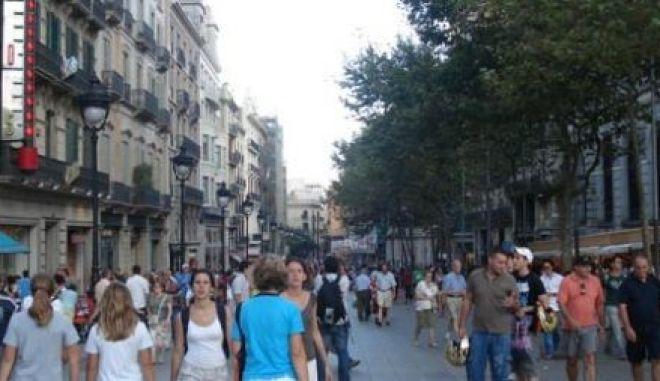Συρρικνώνεται ο πληθυσμός της Ισπανίας