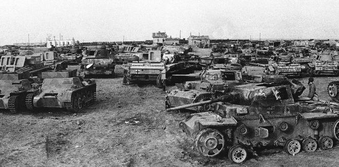 Γερμανικά άρματα μετά την ήττα στη Μάχη του Στάλινγκραντ