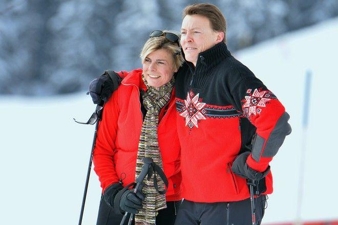 Ο πρίγκιπας Κωνσταντίνος και η πριγκίπισσα Λαυρεντιανή της Ολλανδίας σε χειμερινό θέρετρο στην Αυστρία τον Φεβρουάριο του 2014