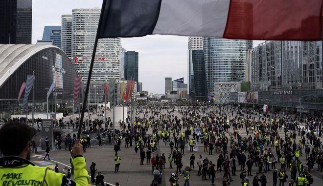 Διαδήλωση των κίτρινων γιλέκων στο Παρίσι