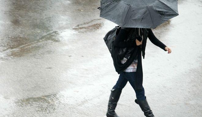 Πρόσκαιρη επιδείνωση του καιρού με τοπικές βροχές