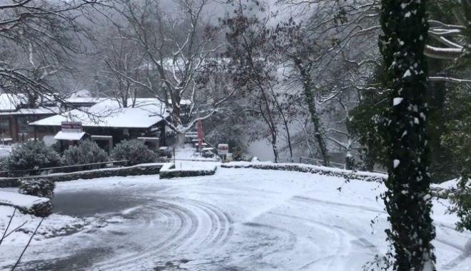 Χιόνι στα Λουτρά Πόζαρ