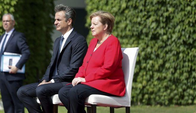 Ο πρωθυπουργός Κυριάκος Μητσοτάκης και η Γερμανίδα καγκελάριος Άνγκελα Μέρκελ