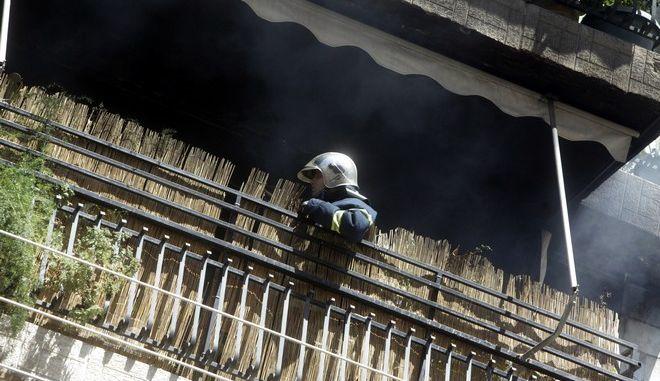 ΝΙΚΑΙΑ- Πυρκαγιά σε διαμέρισμα στη Νίκαια στην οδό Φιλαδελφείας 68.(EUROKINISSI-ΓΕΩΡΓΙΑ ΠΑΝΑΓΟΠΟΥΛΟΥ)