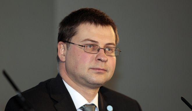 Ο αντιπρόεδρος της Κομισιόν Βάλντις Ντομπρόβσκις