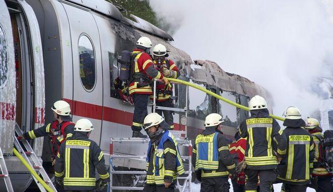 Φωτιά σε τρένο υψηλής ταχύτητας στη Γερμανία