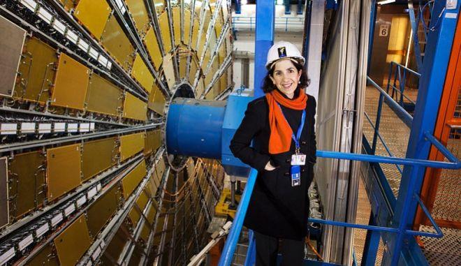 Το τιμόνι του CERN στα χέρια γυναίκας